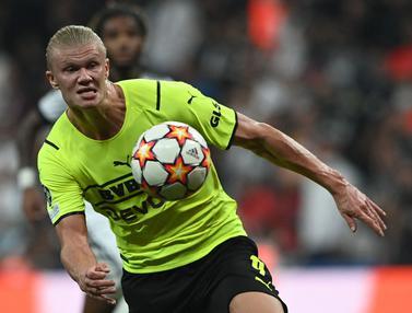 Foto: Haaland Genapkan Keunggulan, Dortmund Curi Poin dari Markas Besiktas di Matchday Pertama Liga Champions 2021 / 2022