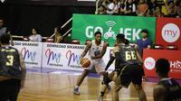 Bima Perkasa menundukkan Satya Wacana Salatiga 99-62 pada seri pertama IBL 2018-2019, di GOR Sahabat Semarang, Sabtu (1/12/2018). (Media IBL)