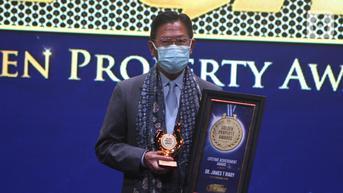 FOTO: James Riady Raih Lifetime Achievement Golden Property Award 2021