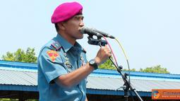 Citizen6, Surabaya: Komandan Korps Marinir Brigadir Jenderal TNI (Mar) A. Faridz Washington mengambil apel Khusus yang diikuti 3000 prajurit Marwiltim di Lapangan Apel Trian Sutedi Senaputra, Karang Pilang, Surabaya, Rabu (19/9). (Pengirim: Budi Abdillah)