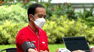 8 Momen Presiden Jokowi dan Raffi Ahmad Suntik Vaksin COVID-19 Sinovac Dosis Kedua