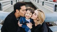 Jessica Iskandar merasa sang kekasih adalah partner yang luar biasa. (instagram/inijedar)