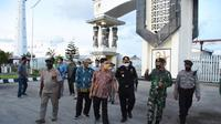 Kegiatan pengawasan Bea Cukai di perbatasan Indonesia - Papua Nugini (dok: Bea Cukai)