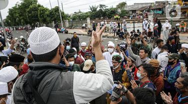 Simpatisan Rizieq Shihab Membubarkan Diri