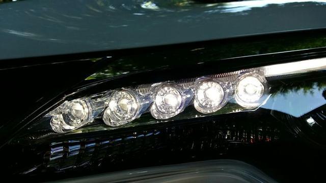 tempat jual lampu LED mobil
