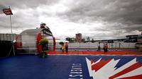 Pemilik sirkuit Silverstone, British Racing Driver's Club, memutuskan untuk berhenti menggelar balapan F1 mulai musim 2019 karena mengalami kerugian finansia(EPA/Kerim Okten)