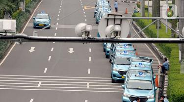Taksi Sepi Penumpang Imbas PSBB