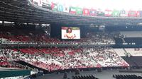 Suasana menjelang opening ceremony Asian Games 2018 di Stadion Utama GBK, Jakarta (Bola.com/Yus Mei Sawitri)