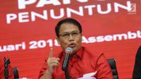 Politisi PDIP, Ahmad Basarah saat menyatakan kesiapan maju dalam bursa bakal Cawagub Jatim di Jakarta, Selasa (9/1). Basarah membenarkan namanya muncul sebagai cawagub pendamping Saifullah Yusuf. (Liputan6.com/Helmi Fithriansyah)