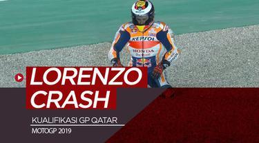 Berita video hasil kualifikasi MotoGP Qatar 2019 di mana Maverick Vinales menempati pole position, sedangkan Jorge Lorenzo mengalami crash.