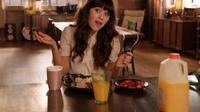 Zooey Deschanel di serial New Girl. (dok.Fox)