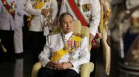 Raja Thailand Bhumibol Adulyadej (Reuters)