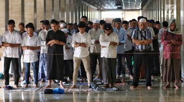 Jemaah Salat Idul Fitri Penuhi Masjid Istiqlal