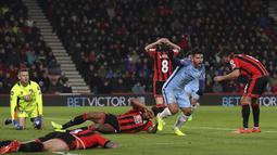 Selebrasi pemain Manchester City, Sergio Aguero merayakan gol saat melawan AFC Bournemouth pada lanjutan Premier League di Vitality Stadium, Bournemouth, (13/2/2017). Manchester City menang 2-0. (Andrew Matthews/PA via AP)