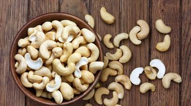 Ilustrasi kacang mete (iStockphoto)