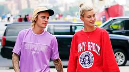 Justin dan Hailey bahkan menghadiri pengadilan di New York City untuk mendapatkan surat izin pernikahan. (People Magazine)