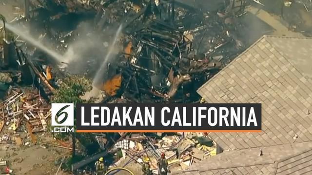 Ledakan gas terjadi pada sebuah rumah di Murrieta, California. Korban ledakan merupakan kru perusahaan gas.