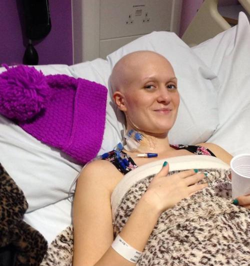 Sadie saat menjalani perawatan di rumah sakit : Photo: Copyright metro.co.uk