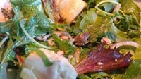 Becky Garfinkel menemukan kodok di dalam salad yang dibelinya di Corona Target (Becky Garfinkel)