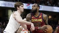 LeBron James hanya cetak 10 poin untuk Cavaliers saat kalah dari New York Knicks di lanjutan NBA (AP Photo/Tony Dejak)