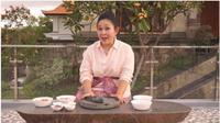 Resep Membuat Sambal Kreasi Mendiang Ibu Tien dari Titiek Soeharto. foto: Youtube 'Titiek Soeharto'