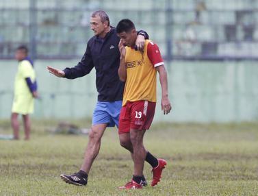 Latihan Arema FC