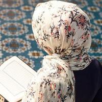 Jangan Hanya Dibaca, Al Quran Penting Dimaknai dan Diamalkan | Copyright: shutterstock.com