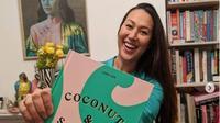 Chef Australia Lara Lee Promosikan Sambal dan Kuliner Indonesia. (dok.Instagram @laraleefood/https://www.instagram.com/p/B9hpsZaH0P0/Henry)