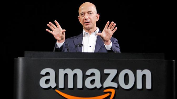 Jeff Bezos, sang CEO Amazon juga sedang berada di dalam gedung saat itu.