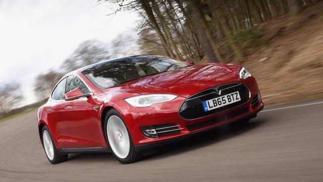 Tesla Model S P90D >> Tesla Berpotensi Ciptakan Mobil Listrik Murah Harganya