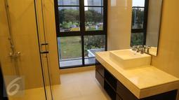 Ruang kamar mandi rumah SBY di Kuningan Timur VII, kawasan Mega Kuningan, Jakarta Selatan, (29/10). Pengadaan Rumah Bagi Mantan Presiden dan Wapres tidak lebih dari Rp 20 miliar. Bila lebih maka harus membayar kelebihannya. (Liputan6.com/HO)