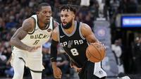 Aksi Eric Bledsoe saat lawan Spurs (AP)