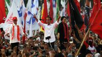 Capres nomor urut 01, Jokowi hadir dalam kampanye terbuka di Stadion Sriwedari Solo, Selasa (9/4).(Liputan6.com/Fajar Abrori)