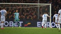 Mauro Icardi mencetak gol Inter Milan ke gawang Genoa melalui tendangan penalti. (dok. Inter Milan)
