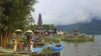 Pura Ulun Danu Beratan Bali  berada di Kecamatan Baturiti, Kabupaten Tabanan, Provinsi Bali. (dok. disparda.baliprov.go.id)