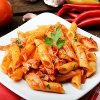 ilustrasi Pasta Arrabiata/copyright by Piotr Krzeslak(Shutterstock)