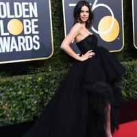 Walaupun sudah eksis, Kendall Jenner juga memiliki problem umum ini. (Sumber foto: Frazer Harrison/Getty Images/AFP)