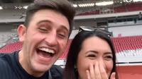 Ladislao dan Amanda Gonzales. (Tangkapan layar: YouTube/Ladislao/Bule Merakyat)