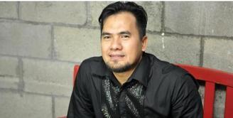 Meskipun penangguhan penahanan masih dalam proses, selain keluarga, ada empat artis yang akan menjamin kebebasan Saipul Jamil.