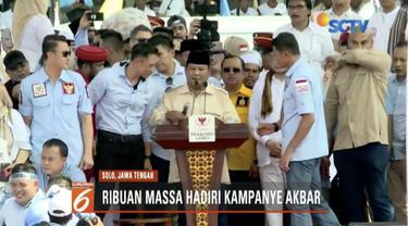 Pada kampanye di Solo, Prabowo Subianto pertanyakan tak boleh kampanye di Simpang Lima, Semarang.