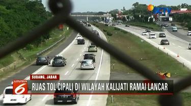 H+6 Lebaran, jalur Tol Cipali di wilayah Kalijati, Subang, Jawa Barat, masih terpantau ramai lancar.