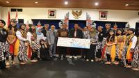 Setelah sukses dipertandingkan pertama kali di Asian Games 2018, kali ini Pencak Silat, olahraga asli Indonesia mencoba bisa dipertandingkan di ajang Olimpiade.
