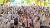 Ratusan Siswa Berprestasi Raih Beasiswa Masuk Perguruan Tinggi di Tengah Pandemi . foto: istimewa