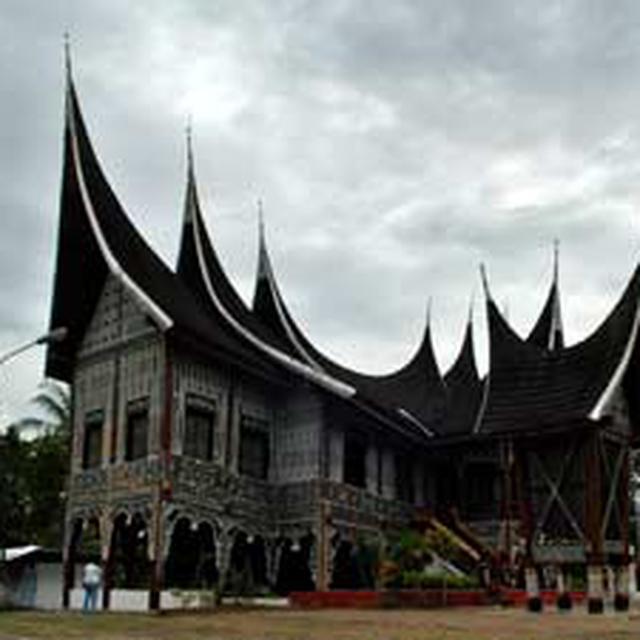 45 Koleksi Gambar Rumah Adat Maluku Tenggara HD Terbaik