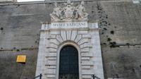 Museum Vatikan yang ditutup pada 24 Maret 2020 selama Vatikan lockdown yang bertujuan menghentikan penyebaran pandemi COVID-19. (ANDREAS SOLARO / AFP)