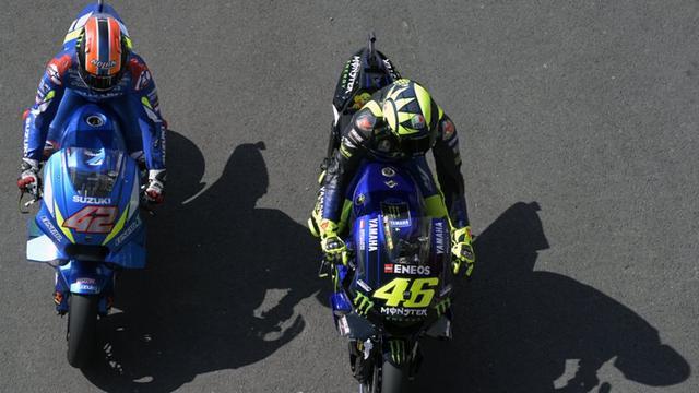 Alex Rins dan Valentino Rossi