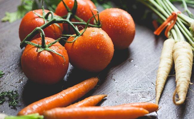 Tomat dan wortel lebih tinggi gizi setelah dimasak/copyright Pexels.com