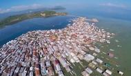 Mendapat julukan sebagai pulau terpadat di dunia, Pulau Bungin bisa menjadi destinasi wisata unik yang bisa dikunjungi di NTB.