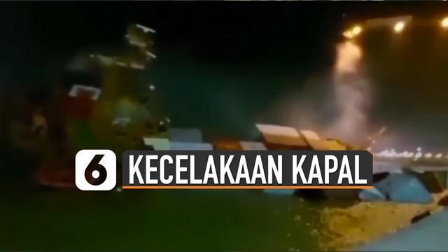 Kapal kargo MV Mentari Crystal yang memuat 137 peti kemas tenggelam di perairan tersebut.