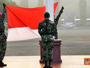 Upacara Bendera Mabes TNI dan PNS